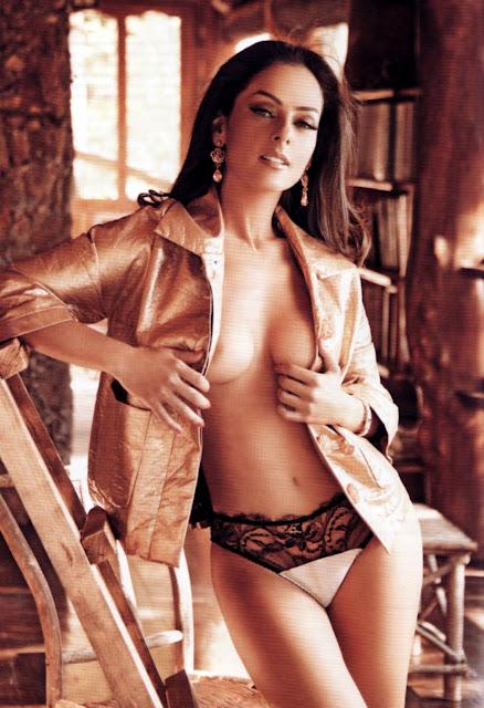 Andrea-Garcia-Playboy-Mexico-Octubre-2012-2