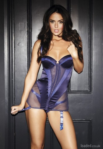 Jennifer-Metcalfe-In-Loaded-May-2012+(2)