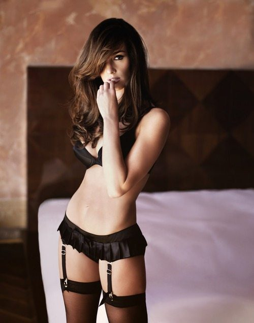 girls-wearing-lingerie-30