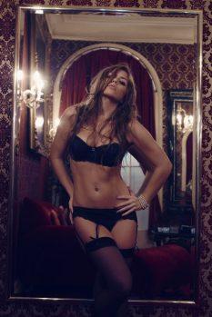 girls-wearing-lingerie-32