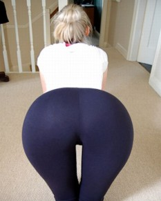 Hot-Girls-in-Tight-Pants-18