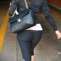 Hot-Girls-in-Tight-Pants-27