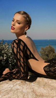 galia-lahav-MoonStruck-evening-dresses-1-Meteor-B-554x960