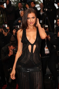 irina-shayk-daring-dress